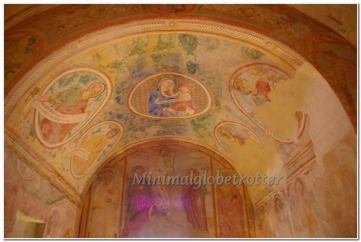 imgpaffreschi-chiesa-inferiore