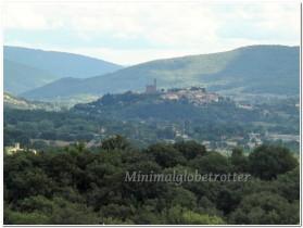 castello-di-poppi-panorama-diurno