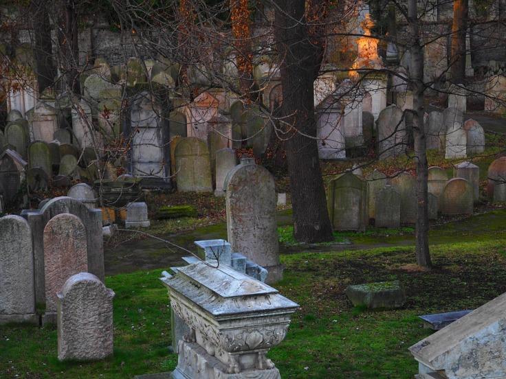 cemetery-2163142_960_720
