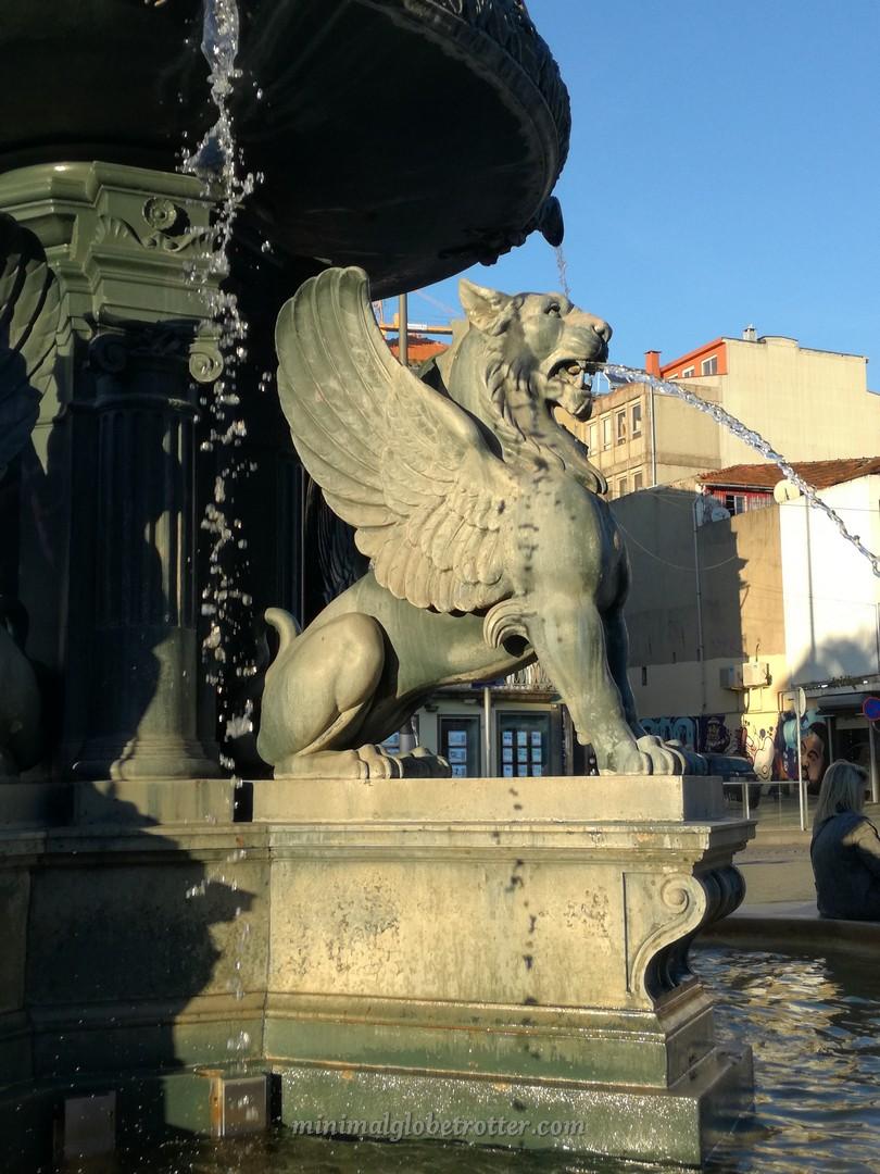 Fontana con i Grifoni a Porto