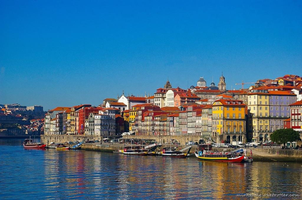 Città di Porto panoramica del quartiere della Ribeira