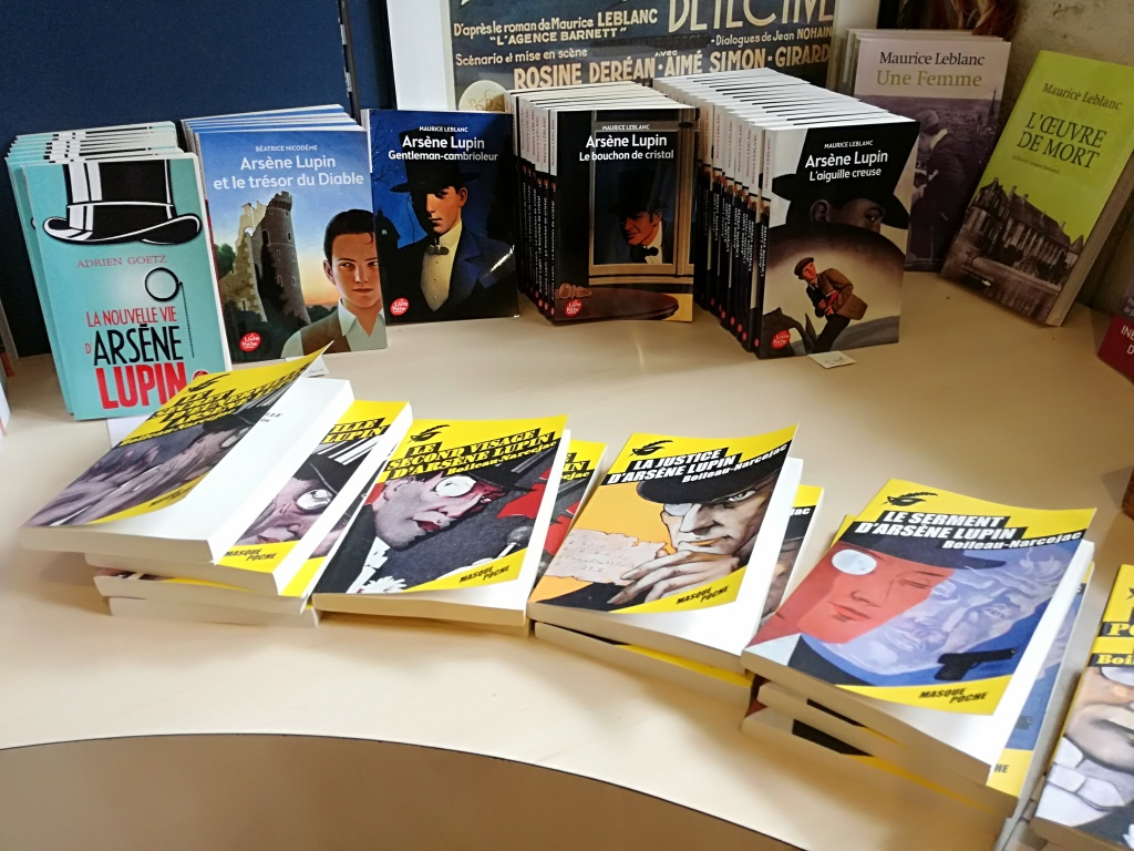 Bookshop casa Lupin etretat