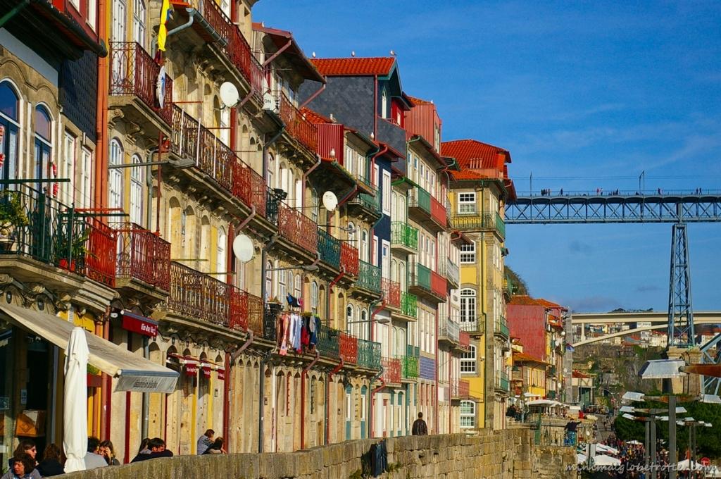 Città di Porto particolare delle case del quartiere de La Ribeira