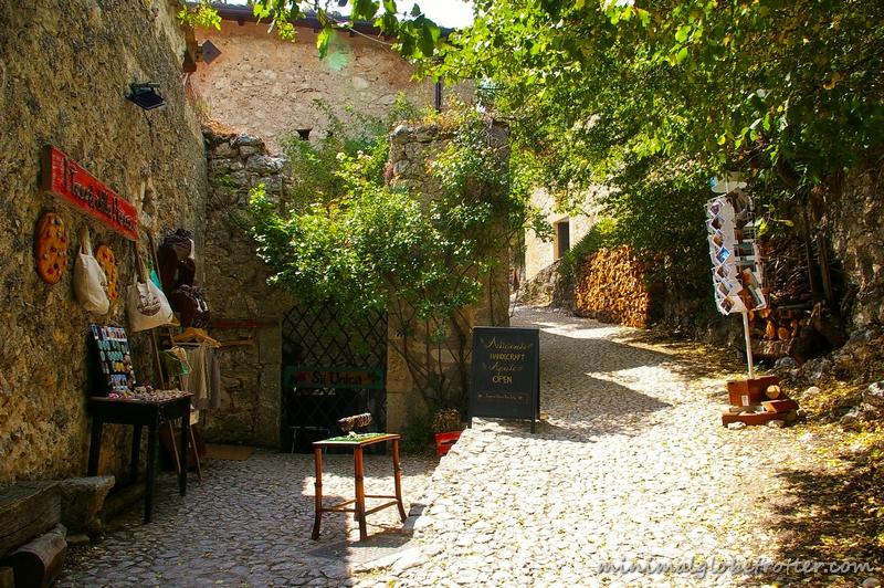 Rocca Calascio una via del borgo